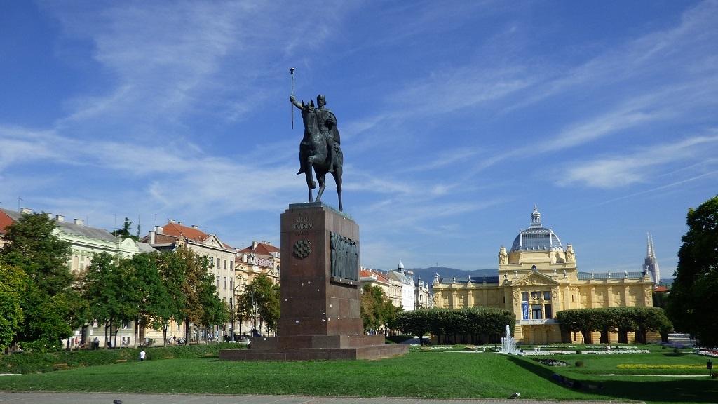 الملك توميسلاف-antropoti-concierge-كرواتيا-أوروبا