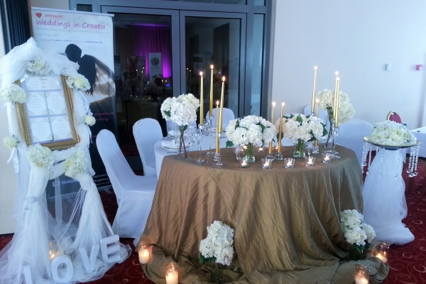 dani-vjencanja-hotel-sport-weddings-in-croatia-antropoti-600x400.jpg